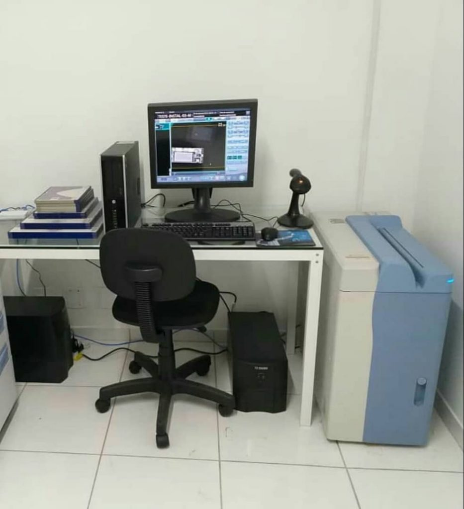 دستگاه CR کونیکا ماموساپورت