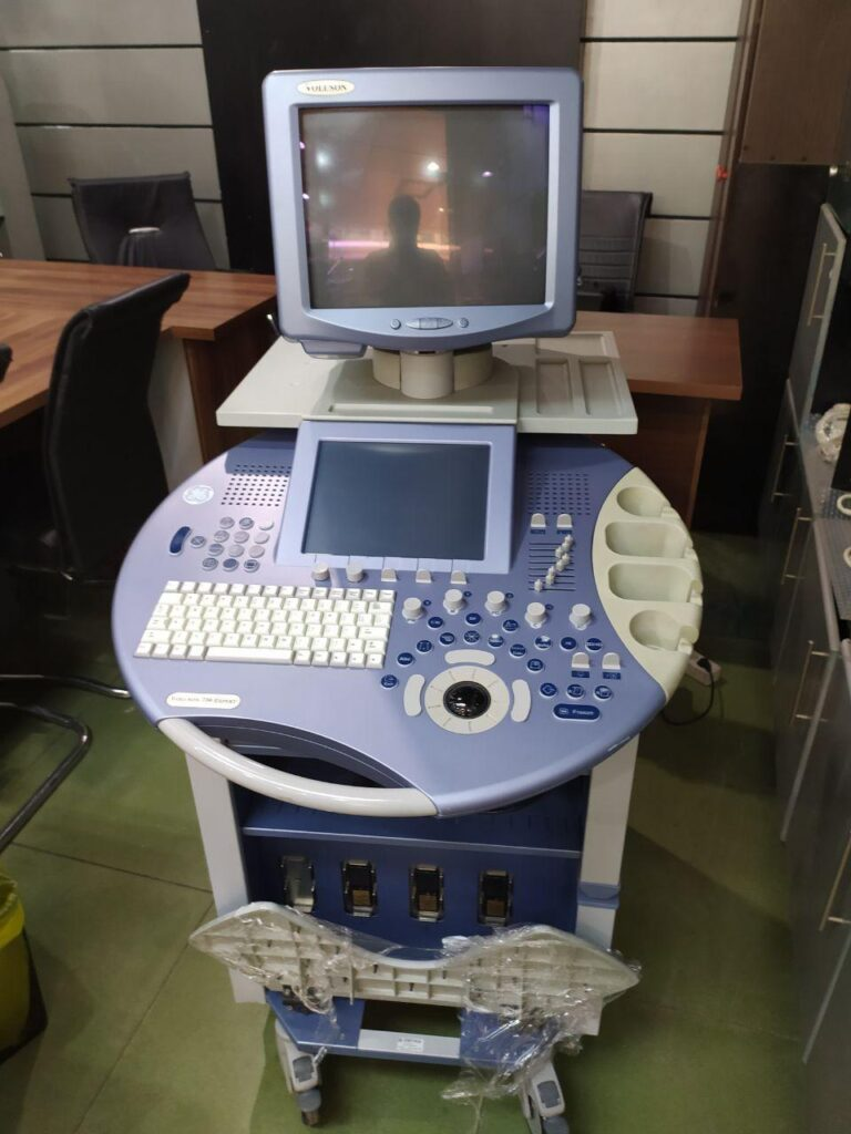 دستگاه سونوگرافی GE ولوسان 730 اکسپرت BT08